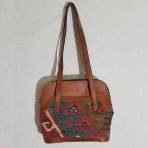 Yun Art leather and Turkish kilim shoulder bag